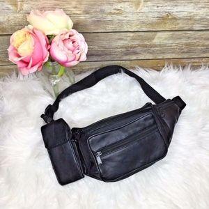 Vntg Black Leather Fanny Waist Pack Bag